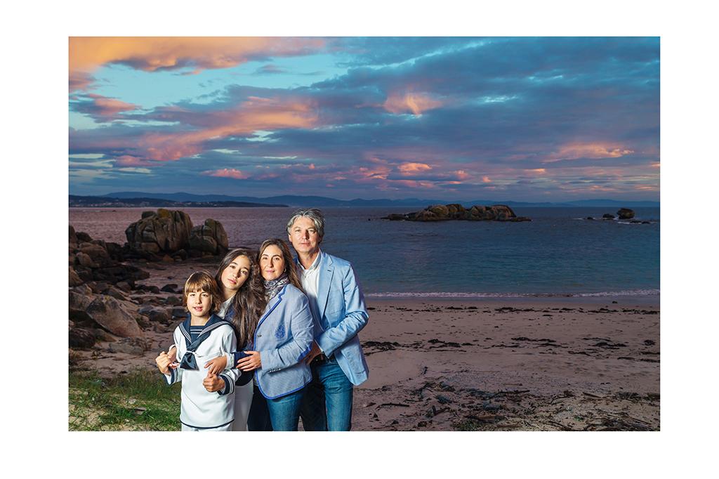 Fotografía de familia en Galicia Comunión Elena Repetskaya 7